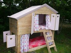 "Play dolls house : In certain parts of Holland and Scandinavia you have these children's outdoors sleep""houses"" (babyhuisje / Lutje Potje) , for sleeping outside. This would be perfect for the older children! Outside Playhouse, Girls Playhouse, Build A Playhouse, Cubby Houses, Play Houses, Cabana, Childrens Wooden Playhouse, Sacred Garden, Home Daycare"