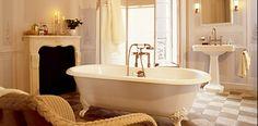 beige bathroom design ideas luxury and elegant bathroom interior design idea with neoclassic Beige Bathroom, Classic Bathroom, Small Bathroom, Relaxing Bathroom, Small Bathtub, Modern Bathtub, Modern Vanity, Bad Inspiration, Bathroom Inspiration