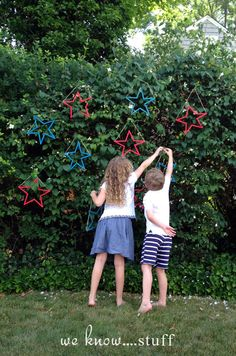 we know stuff | Kid's Craft: Popsicle Stick Stars | http://www.weknowstuff.us.com