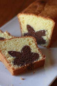 Cake with a surprise inside - Gâteau avec une surprise à l'intérieur