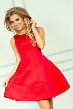 :)  https://www.mokado.pl/Sukienka-Model-54-1-Red-p18303 #sukienka #mokado #odziez #trendy #fashion #moda
