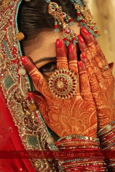 beautiful bridal henna - This is some of the most detailed and beautiful work I have ever seen!