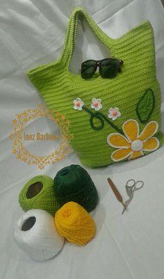 Crochet Handbags, Crochet Bags, Crochet Doilies, Crochet Flowers, T Shirt Yarn, Knitted Bags, Handicraft, Crochet Projects, Crochet Bikini