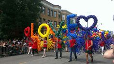 Pride parade in Chicago 2013