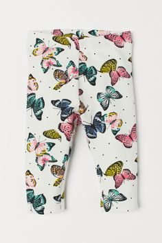 Leggings in thick cotton jersey with an elasticized waistband and a motif. Mom And Baby Outfits, Family Outfits, New Outfits, Kids Outfits, Butterfly Kids, White Butterfly, Baby Kids Clothes, Baby Clothes Shops, Family Clothes