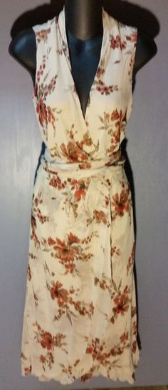 Banana Republic GORGEOUS SILK Beige w Floral Patterned Wrap Dress Sz 0 CLASSY!! #BananaRepublic #WrapDress #WeartoWork