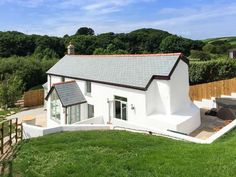Five Elements Cottage, St Agnes, Cornwall, England, Sleeps Bedrooms Self-Catering Holiday Cottage With Woodburner. Places To Visit Uk, Holiday Cottages To Rent, St Agnes, Truro, Flat Rent, Holiday Accommodation, Cheap Hotels, Outdoor Structures, Luxury