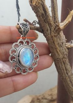 Moonstone Pendant 925 Silver Pendant June Birthstone Boho Style Pendant Blue Flash Pendant Healing Crystal Rainbow Moonstone Jewelry