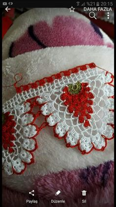 New crochet heart doily yarns Ideas Crochet Edging Patterns, Crochet Lace Edging, Granny Square Crochet Pattern, Crochet Borders, Thread Crochet, Crochet Doilies, Crochet Yarn, Crochet Stitches, Crochet Baby Cocoon
