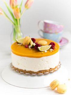 Parhaista Parhain Mangojuustokakku   Annin Uunissa Most Delicious Recipe, Delicious Cake Recipes, Yummy Cakes, Sweet Recipes, Yummy Food, Dessert Drinks, Dessert Recipes, Easy Baking Recipes, Sweet Pastries