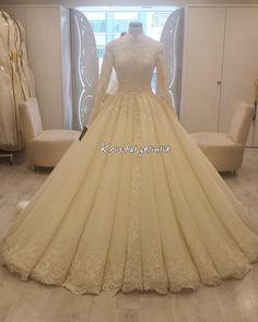 - Wedding and Gowns Muslim Wedding Gown, Muslim Wedding Dresses, Wedding Dress Sleeves, Bridal Dresses, Beautiful Dresses, Nice Dresses, Bridal Hijab, Dream Dress, Designer Dresses