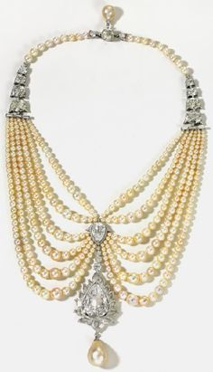 Diamonds and pearls necklace