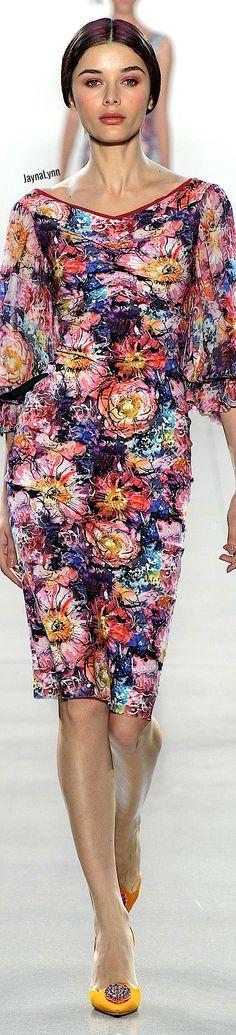 Chiara Boni La Petite RTW Spring 2019 Floral Fashion, Women's Fashion, Fashion Designers, Colors, Spring, Beauty, Style, Fashion Women, Colour