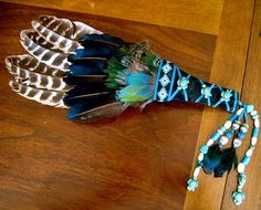 This Smudge fan is made just for you! It will have feathers chosen for or by you and is made with one or 3 or more larger feathers as the Native American Cake, Dream Catcher Native American, Feather Painting, Feather Art, Large Feathers, Colorful Feathers, Native American Spirituality, Rooster Tail, Pagan
