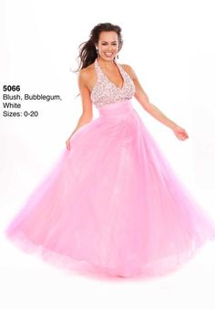 WOW 5066 at Prom Dress Shop