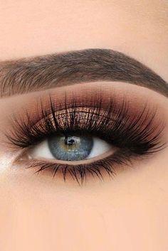 Blue Eye Makeup, Smokey Eye Makeup, Makeup For Brown Eyes, Eyeshadow Makeup, Younique Eyeshadow, Eyeshadow Palette, Glitter Makeup, Eyebrow Makeup, Makeup Palette