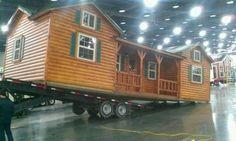 Amish Cabins Modular Log Cabin, Log Cabin Kits, Cabin Plans, Cabin Ideas, Diy Design, Cabin Design, Home Design, Tiny House Cabin, Log Cabin Homes