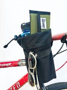 408896e8d99f Auto-Pilot Black Handlebar Bag by Road Runner Bags