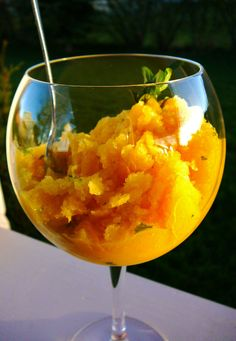 Mango Mint Granita-- Try making this with skim milk instead of coconut milk to keep it yellow-light #dessert | www.kurbo.com