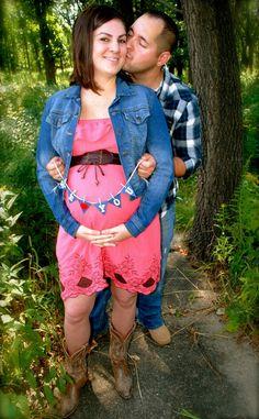 Country theme pregnancy photo