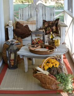 A Fall Nook on the Porch | homeiswheretheboatis.net