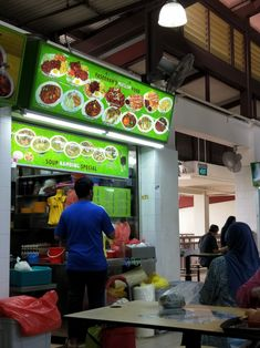 02/07 - My fav mee goreng stall in geylang serai...
