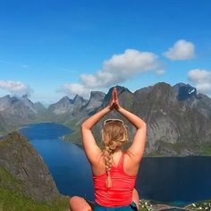 Most popular tags for this image include: nature, norway, yoga and lofoten