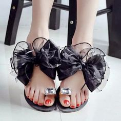 Butterflyknot Lace Bead Crystal Clip Toe Flat Flip Flops Sandals - NewChic US $10.91