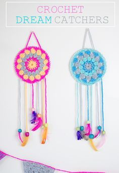 These crochet dream catchers are a great project for beginners. This type of crochet stitch was the second type I learnt how to do. I then pushed some bendy