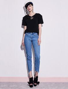 Billy Star T-shirt Mom Jeans, Normcore, Stars, Fall, T Shirt, Pants, Fashion, Autumn, Supreme T Shirt