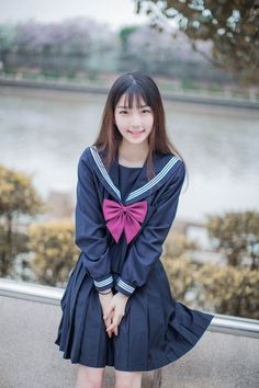 Frank B. Olson's media statistics and analytics School Girl Japan, Japanese School Uniform Girl, School Girl Outfit, School Uniform Girls, Japan Girl, Girl Outfits, Cute Girl Pic, Cute Girls, Cute School Uniforms