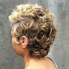 50 Most Captivating African American Short Hairstyles Short Black Hairstyles African American Captivating hairstyles Short Short Blonde, Girl Short Hair, Short Curly Hair, Short Wavy, Curly Bob, Curly Mohawk, Medium Hair Styles, Curly Hair Styles, Natural Hair Styles