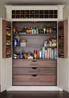 Nice Traditional Kitchen Pantry by Dublin Photographers BMLMedia.ie @ Town & Country Living The post Traditional Kitchen Pantry by Dublin Photographers BMLMedia.ie @ Town & Country … appe . Cool Kitchens, Kitchen Storage, Built In Pantry, Kitchen Remodel, Kitchen Pantry Cabinets, Pantry Cabinet, Kitchen Organization, Kitchen Pantry Design, Kitchen Design