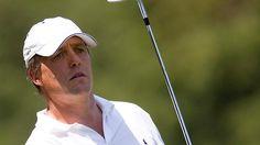 """Dass er angesichts seiner Herkunft den Golfsport liebt, ist eigentlich klar: Der britische Schauspieler Hugh Grant kann ein starkes Handicap 7 vorweisen und gehört damit in Hollywoods Top10. Mit Folgen: """"Ich bin besessen und es zerstört mein Leben. Golf ist eine Sucht."""" Bei Pro-Am-Turnieren, wie hier bei den Evian Master im Juli 2010, ist er ein gern gesehener Gast."""