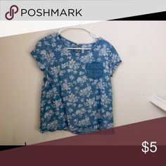 Chambray floral boxy top Chambray floral boxy top. Size XL big kids but fits like a Petite XS Tops
