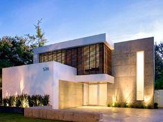 Simple One Storey Home Facade Idea