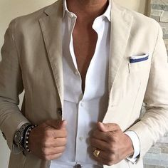 #yourstyle #casual #street #style #streetstyle #fashion #fashionblog #look #men #menstyle #menswear #mensfashion #menstyleguide #menwithstyle #menwithstreetstyle #menwithclass #menstyleoficial. Visit Tailor4less.com