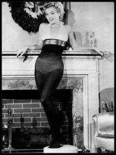 1951 / « Le cadeau de Noël que tous les GI voudraient trouver dans leur cheminée »