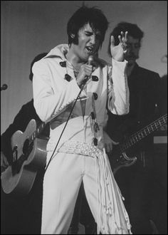Elvis - August 12, 1970 - Las Vegas International