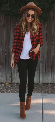This plaid look is so cute!