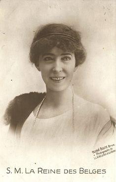 A lovely photo of Elisabeth de Belgique (1876-1965)