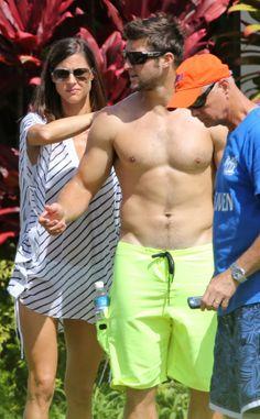 Tim Tebow: Shirtless Beach Stud in Hawaii!: Photo 2971674