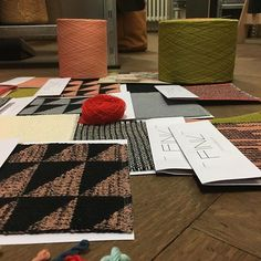 #manufakturfink #knitting #weaving #handcraft #colours #collektion #yarn #pattern #maschineknitting #handweaving Hand Weaving, Colours, Knitting, Instagram Posts, Pattern, Home Decor, Hand Knitting, Decoration Home, Tricot