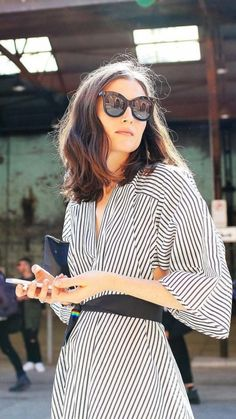 French Girl Style | Parisian Style | Personal Style Online | Fashion For Working Moms & Mompreneurs