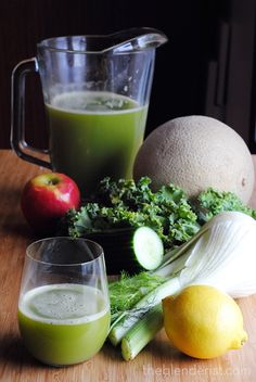 Fennel and Cantaloupe Green Juice - A bright and refreshing green juice with fe. Fennel and Cantal Juicer Recipes, Raw Food Recipes, Healthy Recipes, Detox Recipes, Healthy Smoothies, Healthy Drinks, Smoothie Recipes, Juice Diet, Juice Smoothie