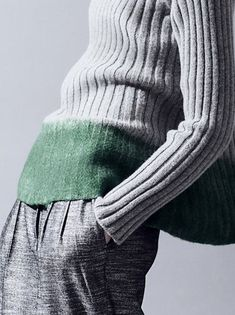 dip dye an old sweater felted green border : DecoriaLab Details : Gabriele Colangelo Pre-Fall 2013 Missoni, Fashion Details, Fashion Design, Knit Fashion, Refashion, Green And Grey, Gray, Pull, Unisex