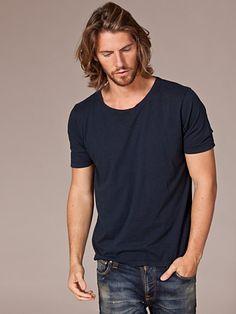 Wide Neck T - Shirt - Nudie Jeans - Mörk Blå - T - Shirts - Kläder - Man - Nelly.com