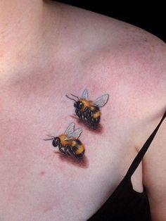 #realistictattoo #honeybeetattoo #smalltattoo
