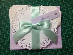 Convite especial para padrinhos e madrinhas com coração de origami feito em papel semente