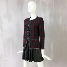 Rare Chanel 13 A Rouge Noir Tartan Cashmere Blazer Veste Cardigan Taille FR36 US2 4 | eBay Tartan, Chanel, Blazer Jacket, Tweed, Blouse, Long Sleeve, Sleeves, Jackets, Ebay